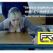 """Údajná """"reklama"""" Free Radia, která získala anticenu Sexistické prasátečko."""