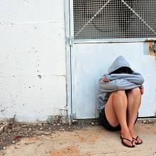 Znásilnění, nebo zneužití? Případ napadené dívky zahýbal Španělskem