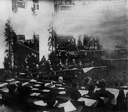 Lenin na zasedání ruského Ústavodárného shromáždění vlednu 1918