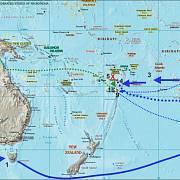 Mapa plavby lodi Bounty(modře) a cesta člunu kapitána Williama Blighe (zeleně))