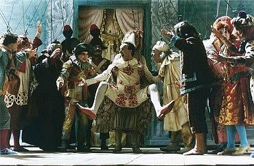 z filmu Pinocchio (45 milionů dolarů, nejdražší italský film)