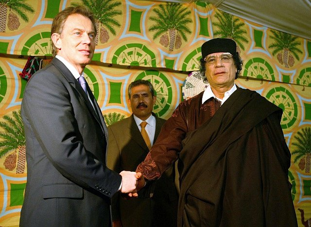 Tony Blair a Kaddáfí, 2004