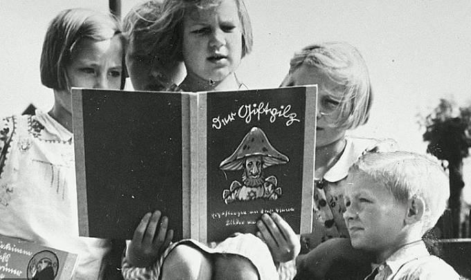 Nacistická propaganda byla lidem vnucována od dětského věku.