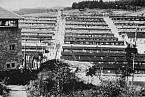 Helmbrechts spadal pod hlavní tábor Flossenburg a nacházel se poblíž českých hranic.