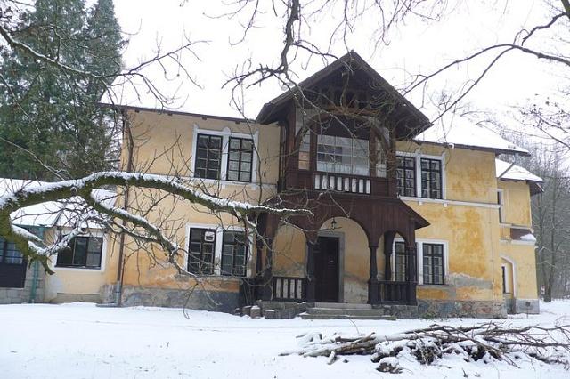 Lesní zámeček vRoželově poblíž Rožmitálu uTřemšína, kde v60. letech 20.století nuceně pobýval pod dozorem StB pražský arcibiskup Josef Beran