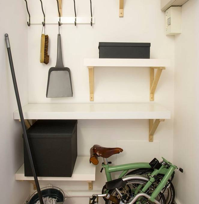 S garáží pro auto se rozlučte. Zvykejte si na jízdní kolo.