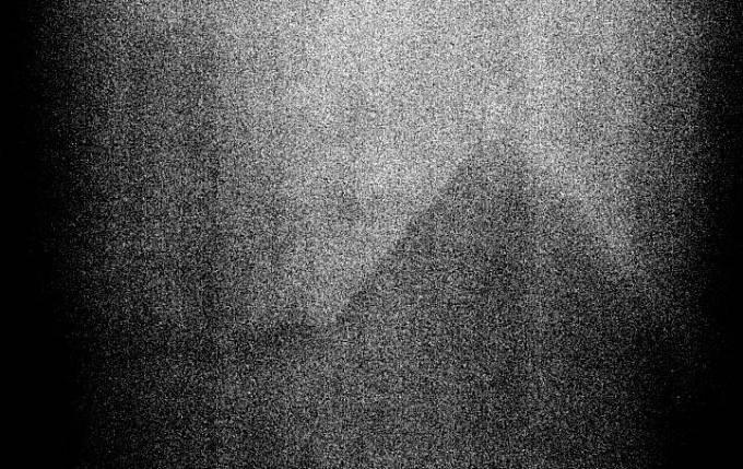 Slavná pyramida na Měsíci je jen nešikovná fotografie vozíku