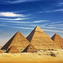 Egyptské pyramidy jsou dodnes zahaleny tajemstvím.