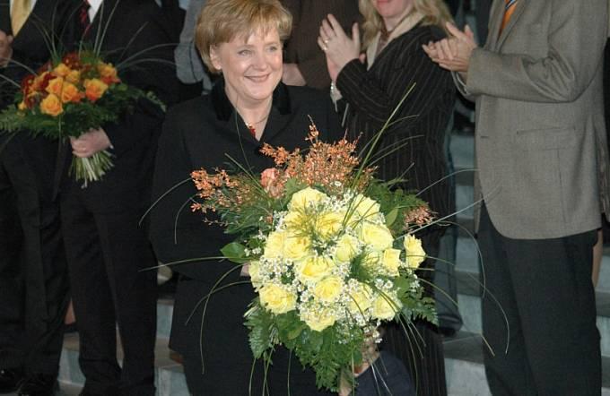 Angela Merkelová 22. listopadu 2005, první den jako německá kancléřka