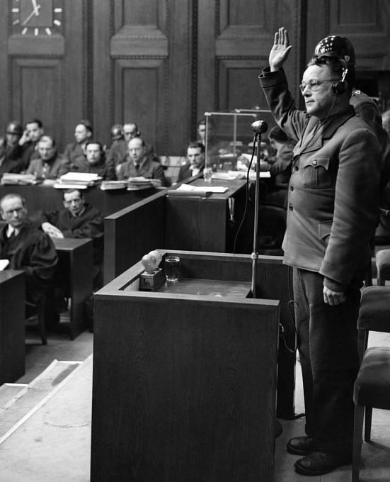 Karl Gebhardt u Norimberského procesu s lékaři