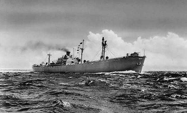 Typ americké lodi, jakým byl i zničený John Harvey převážející yperit.