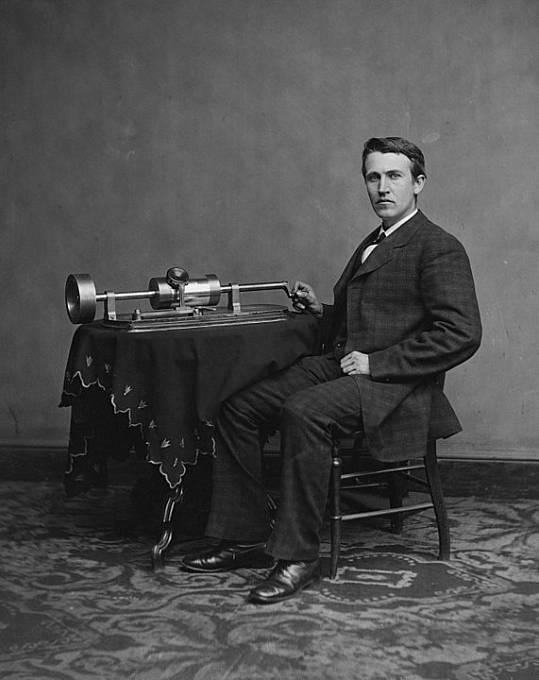 Pouhé dva týdny po uvedení panenek, je Edison stáhl z trhu