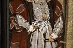 Jindřich VIII. míval atletickou postavu, přejídáním si však přivodil obezitu a cukrovku.