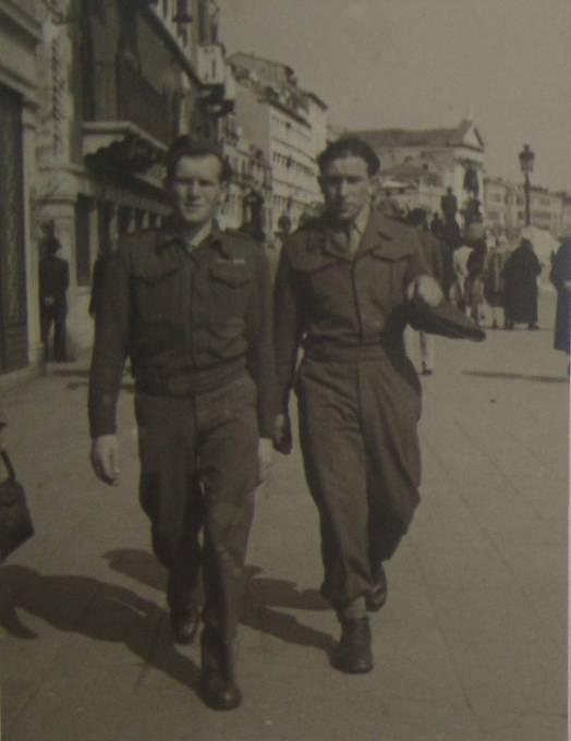 V UNRRA, Benátky, 1.4.1946, Michal Demjan vpravo