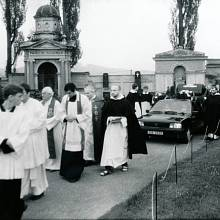 Julkův pohřeb, 1996
