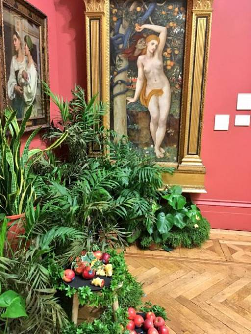 """Galerijní místnost """"V honbě za krásou"""", jejíž kontext by se měl podle kurátorky změnit"""