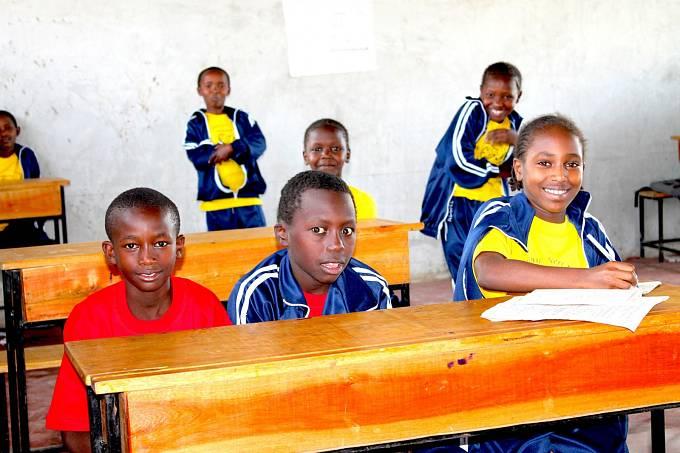 Děti z keňské Základní internátní školy školy Svatého Filipa Neriho