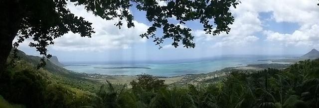 Pobřeží na jihozápadě ostrova