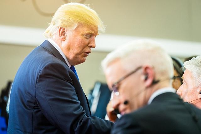 "Miliardáři Donaldu Trumpovi pomohla vyhrát volby kritika ""elit""."