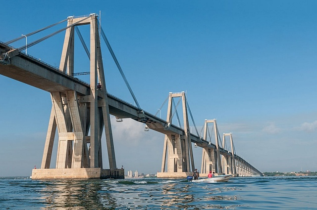 Most General Rafael Urdaneta Bridge přes jezero Maracaibo ve Venezuele