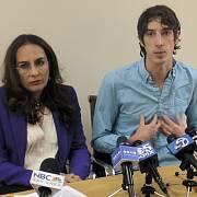 James Damore se svou advokátkou Harmeet Dhillonovou