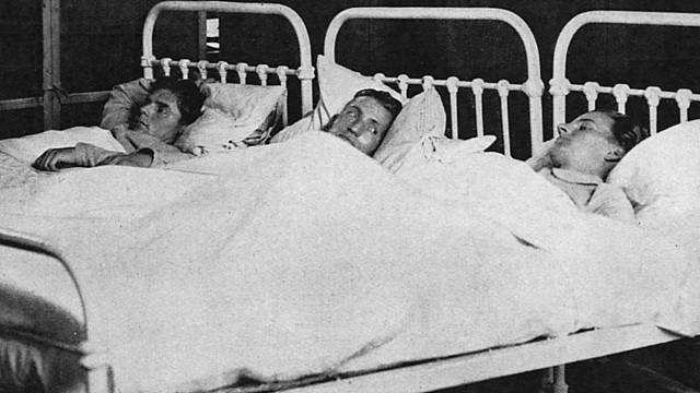Nemocní pacienti, čekající na smrt