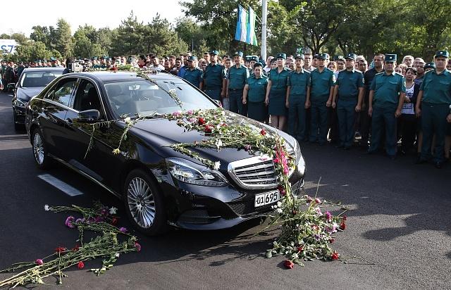 Uzbeci se loučí se zesnulým prezidentem Islamem Karimovem.