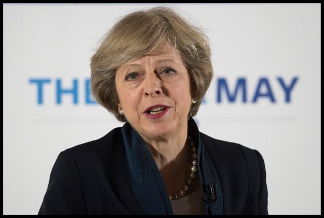 Brexit vynesl do čela Velké Británie devětapadesátiletou ministryni vnitra Theresu Mayovou.