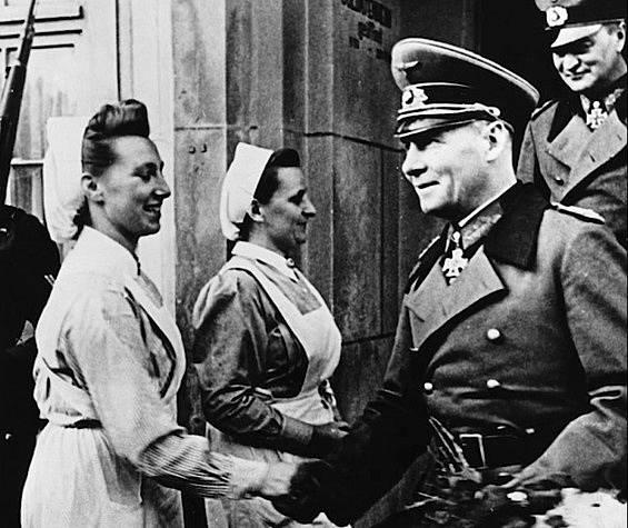 Zdravotní sestry sloužily Říši oddaně.