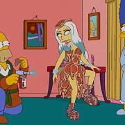Legendární žlutá rodinka se na televizních obrazovkách objevuje už 28. sezonu. Zde se se Simpsonovými setkala Lady Gaga.