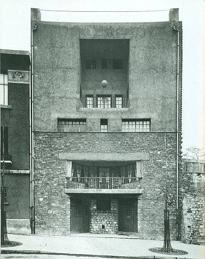 Dům Tristana Tzary v Paříži (1926)