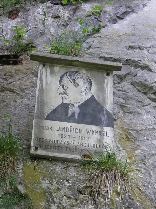 Podobizna J. Wankela na Býčí skále