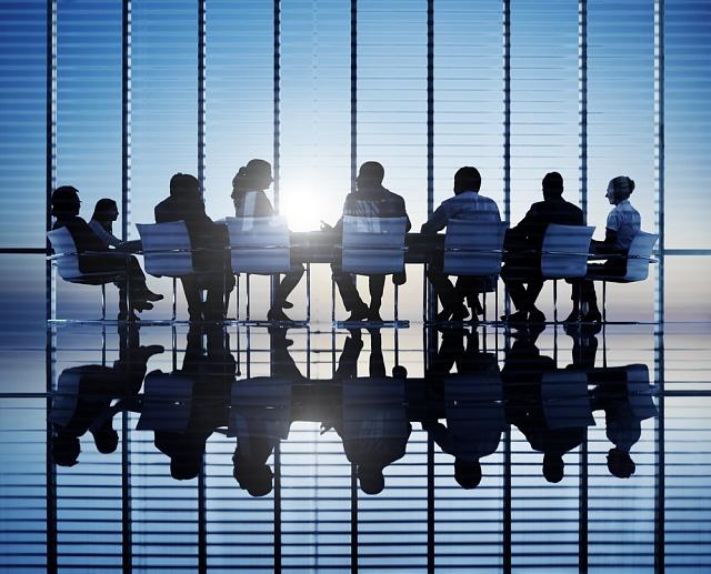 Ilustrační foto: Schůzka, manažeři, mítink, zasedací místnost.