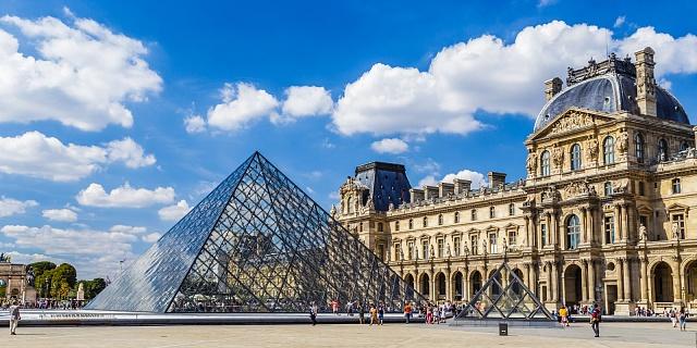 Muzeum Louvre odmítlo pověsit obraz Ježíše vedle Mony Lisy. Prý kvůli bezpečnostním opatřením