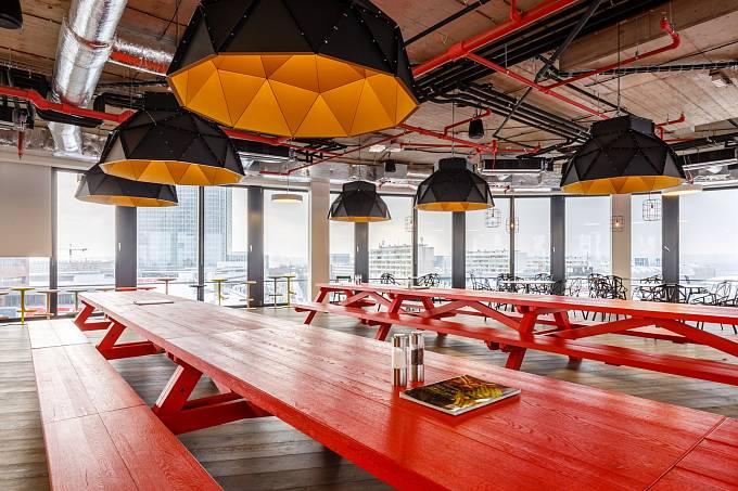 Nové kanceláře firmy Avast / kantýna s občerstvením zdarma