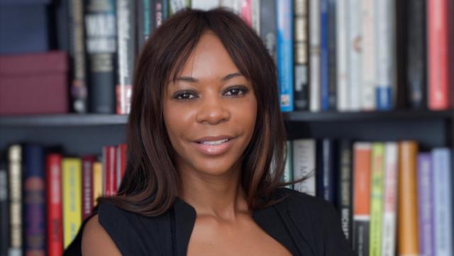 Britsko-zambijská ekonomka Dambisa Moyová upozornila na vztah mezi preferováním vlastnického bydlení a přílivem asijského a arabského kapitálu do Evropy a USA.
