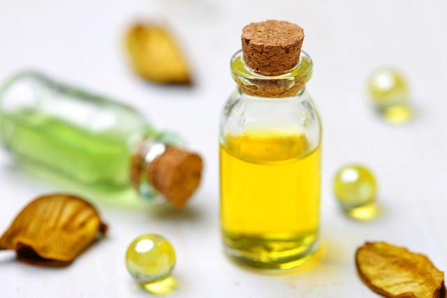 Esenciální olej