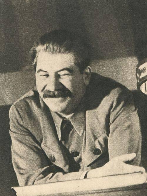 Stalin nejraději sváděl dívky na samém prahu dospělosti.