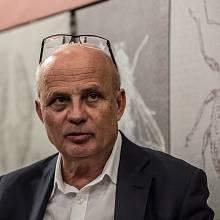 Zatím hlavní Zemanův prezidentský protikandidát Michal Horáček si myslí, že monitoring informací kolujících v kyberprostoru je nezbytný, cenzuru v tom nevidí.