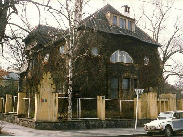 Dům sochaře Stanislava Suchardy vpražském Bubenči (1904–1907)