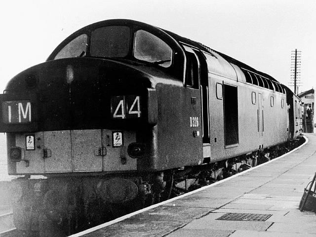 Diesel-elektrická lokomotiva se stala svědkem dramatu