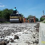 Rumunská firma se zabývá výstavbou a údržbou silnic. Její internetové stránky nesvědčí o tom, že by disponovala i nějakým know-how  v oblasti moderních parkovacích systémů.