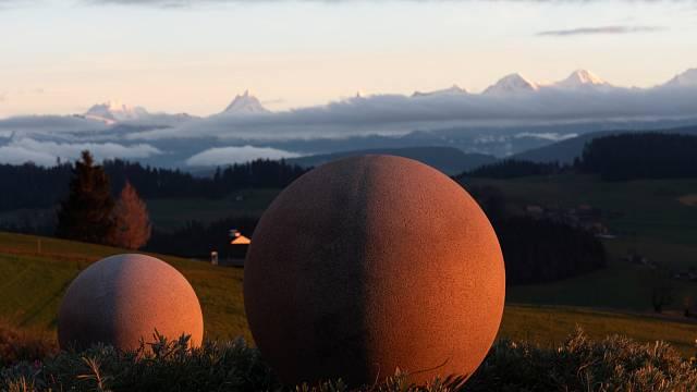 Kamenné koule v Kostarice je souhrnný název více jak 500 koulí nacházejících se především na jihu Kostariky