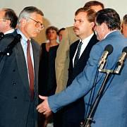 Vladimír Mečiar oznámí konec federace