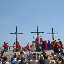 Filipínští věřící se nechávají o Velikonocích na památku Kristova utrpení ukřižovat