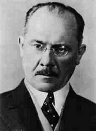 Premiér Milan Hodža byl donucen odstoupit po přijetí požadavků na odstoupení území 22. září 1938