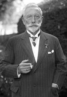 Bývalý německý císař Vilém II. ve svém nizozemském exilu.