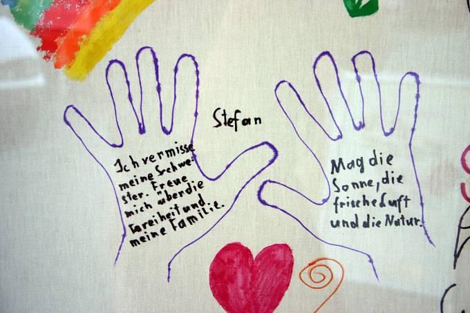Poděkování vysvobozených dětí Elisabeth Fritzlové