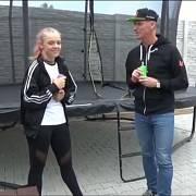 Značku Smarty začala propagovat i osmnáctiletá youtuberka Lea, která své první video věnované značce natočila osobně s Dominikem Haškem