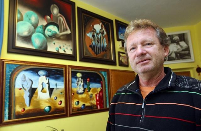 Obrazy Karla Kostky se prodávají po celém světě